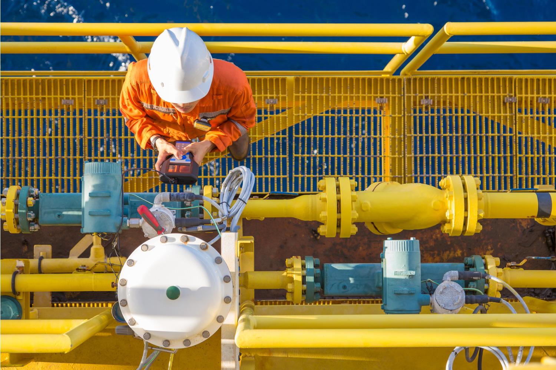 Engineer on offshore Civil Engineering jobs